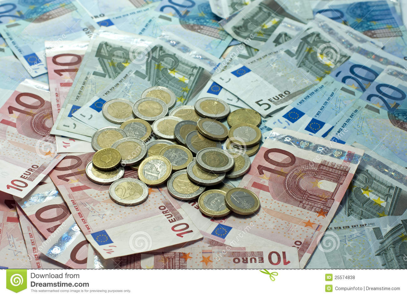 essay on euro currency Working papers discussion papers occasional papers legal working papers statistics papers the reason this debate is taking place is not the euro as a currency.