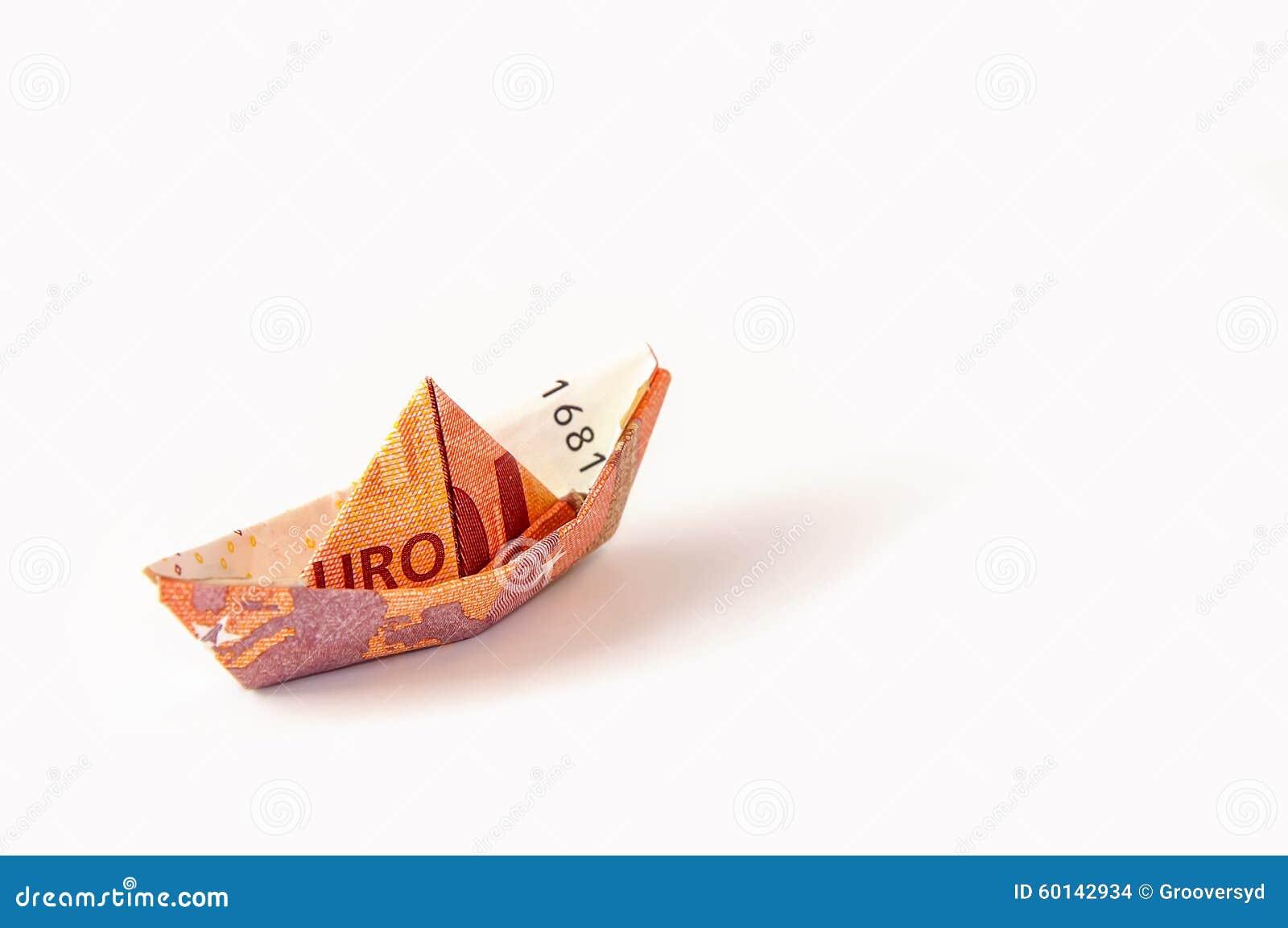 Euro Origami D Argent De Bateau Photo Stock Image Du Euro Origami 60142934