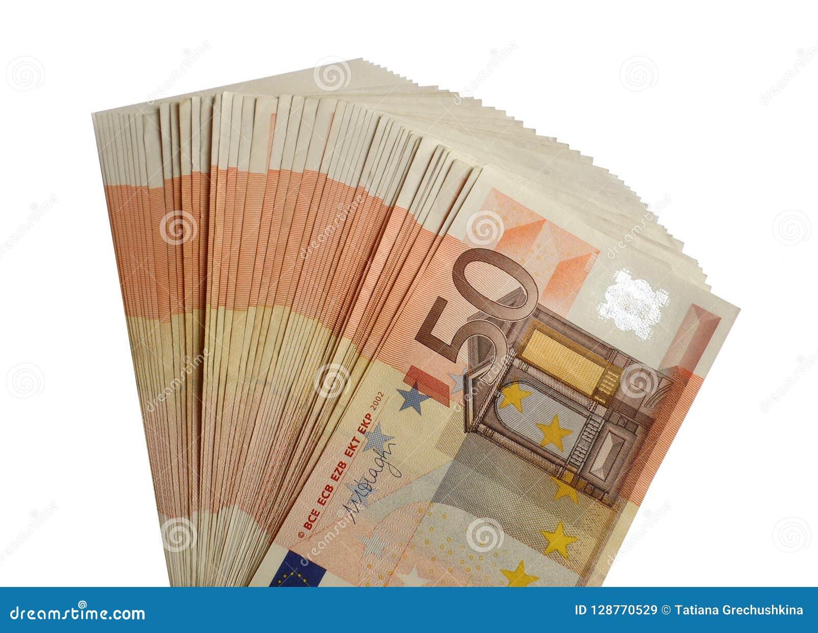 Euro paquete aislado cincuenta billetes de banco de 50 euros
