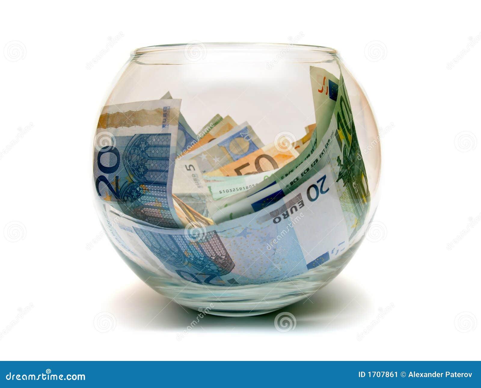Euro soldi in sfera di vetro