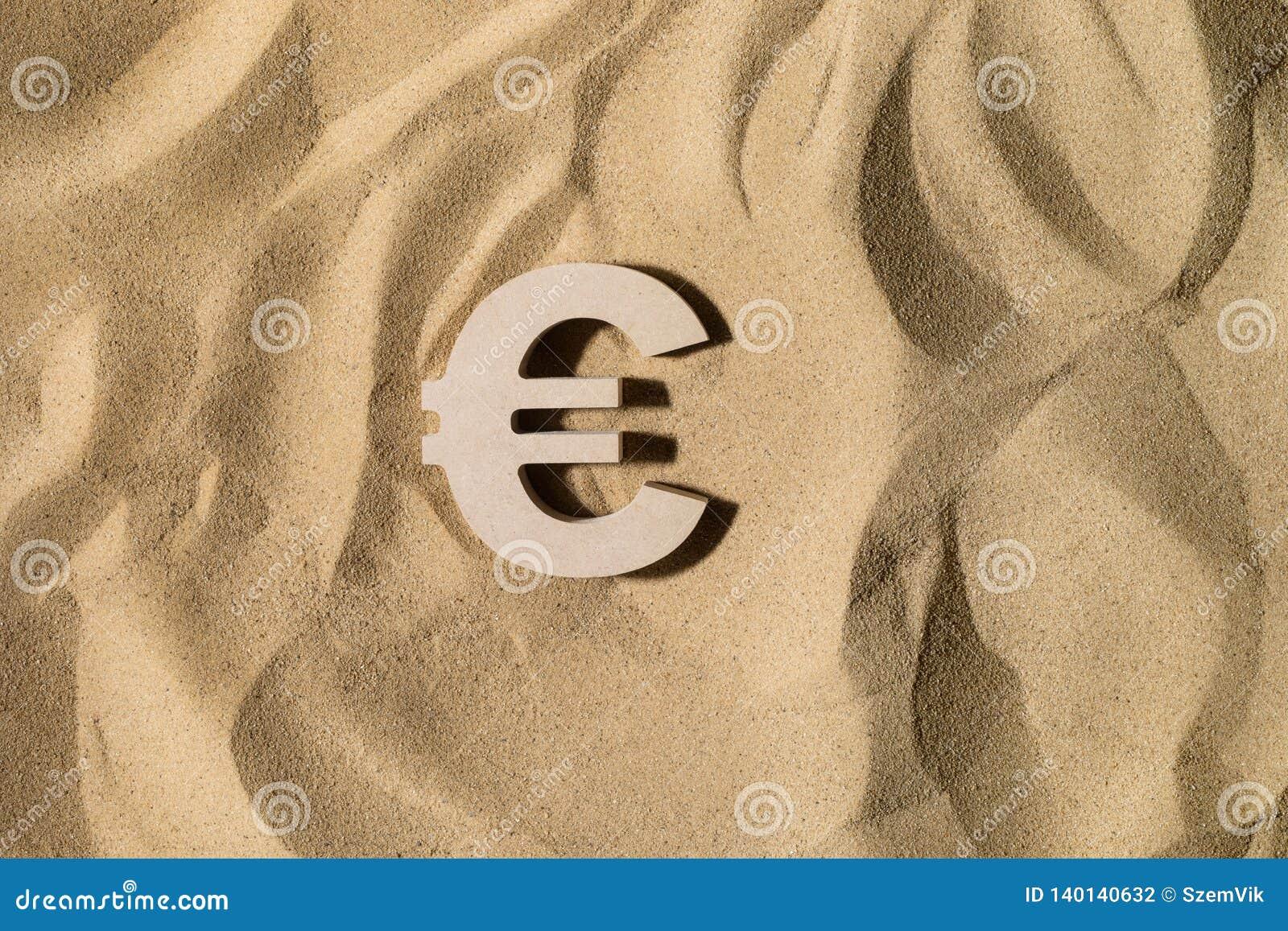 Euro Teken op het Zand