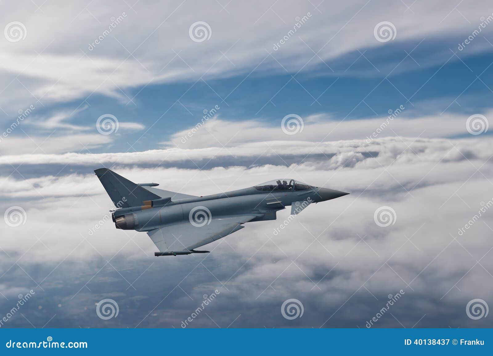 Eurofighter Typhoon i flykten