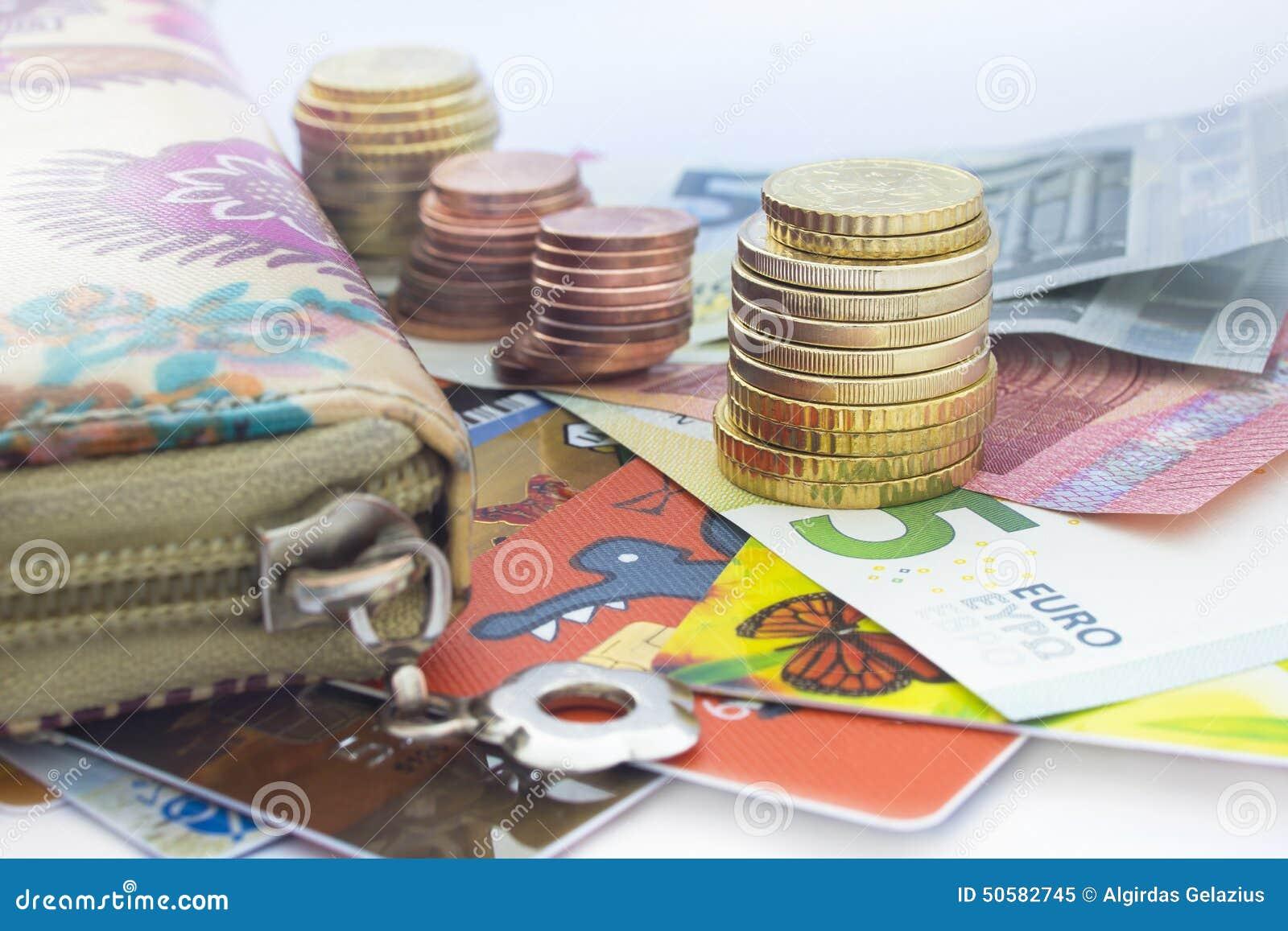 Euromünzen Eurobanknoten Und Geldbörse Stockbild Bild Von