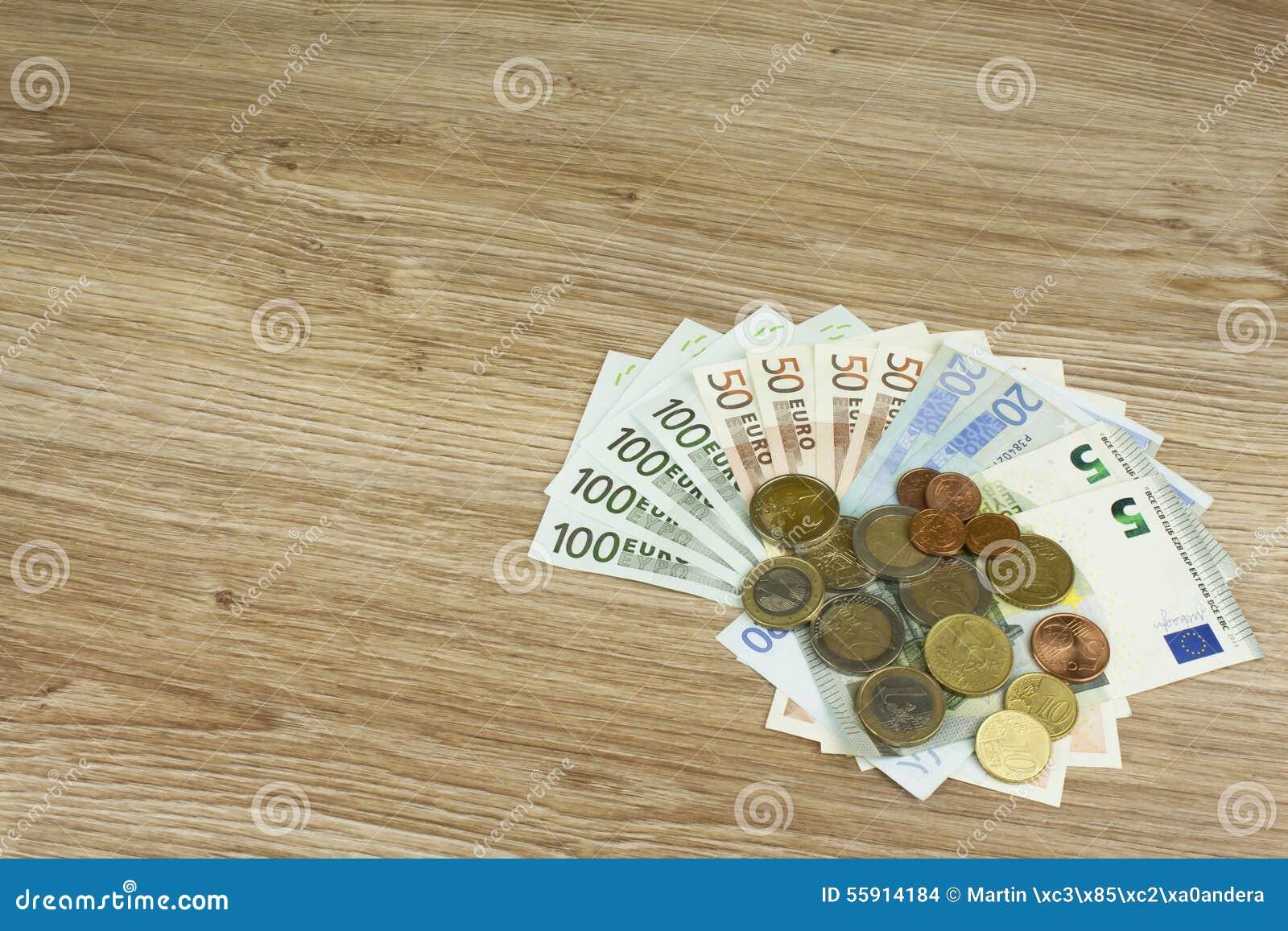 Euromünzen Und Banknoten Auf Dem Tisch Ausführliche Ansicht Des