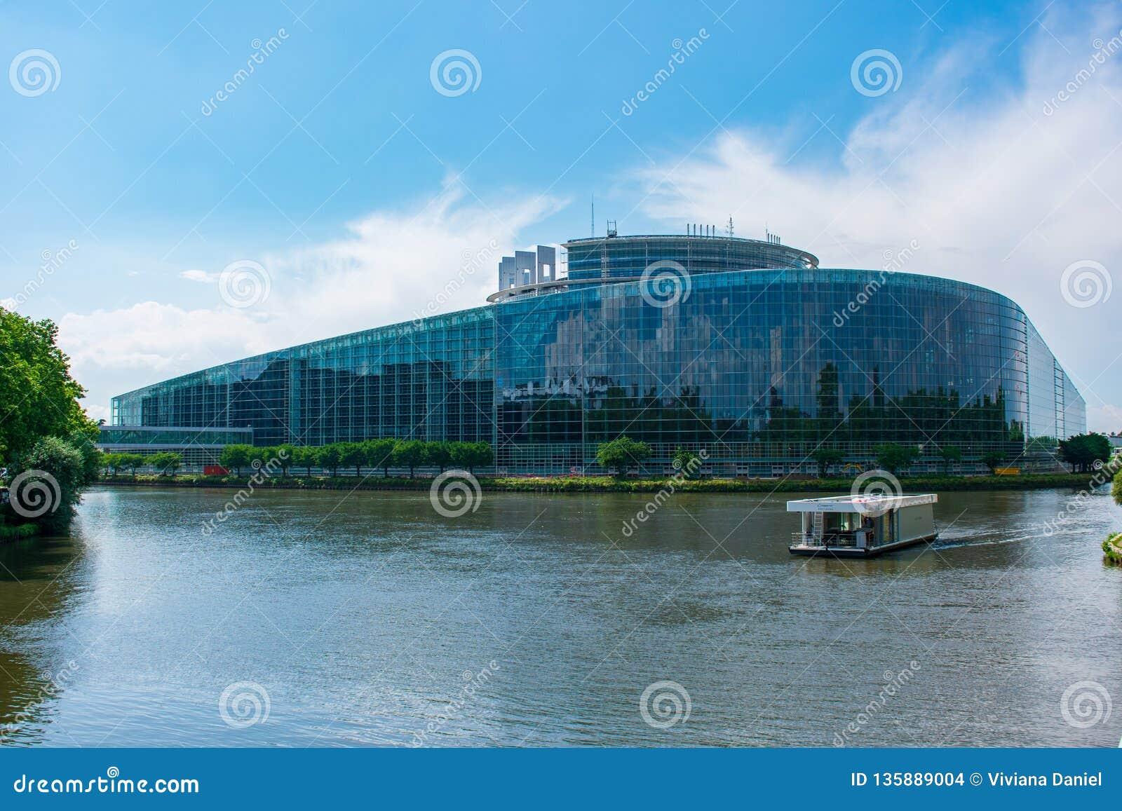 Europäisches Parlament von draußen, Straßburg, Frankreich