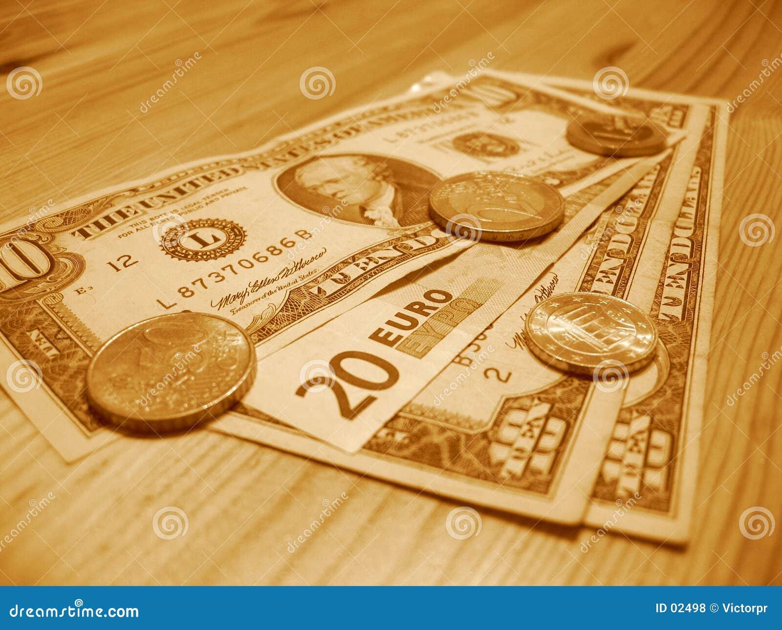 Europäisches und amerikanisches Geld