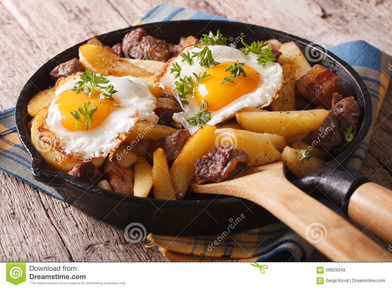 European Cuisine: Fried Potatoes With Meat, Bacon And Eggs ...
