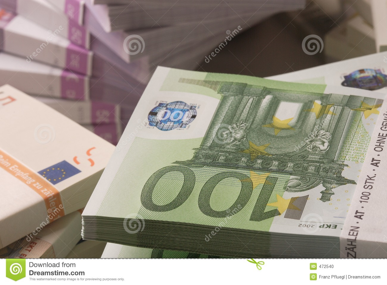 the european currency The euro is the most tangible proof of european integration – the common  currency in 19 out of 28 eu countries and used by some 3386 million people  every.