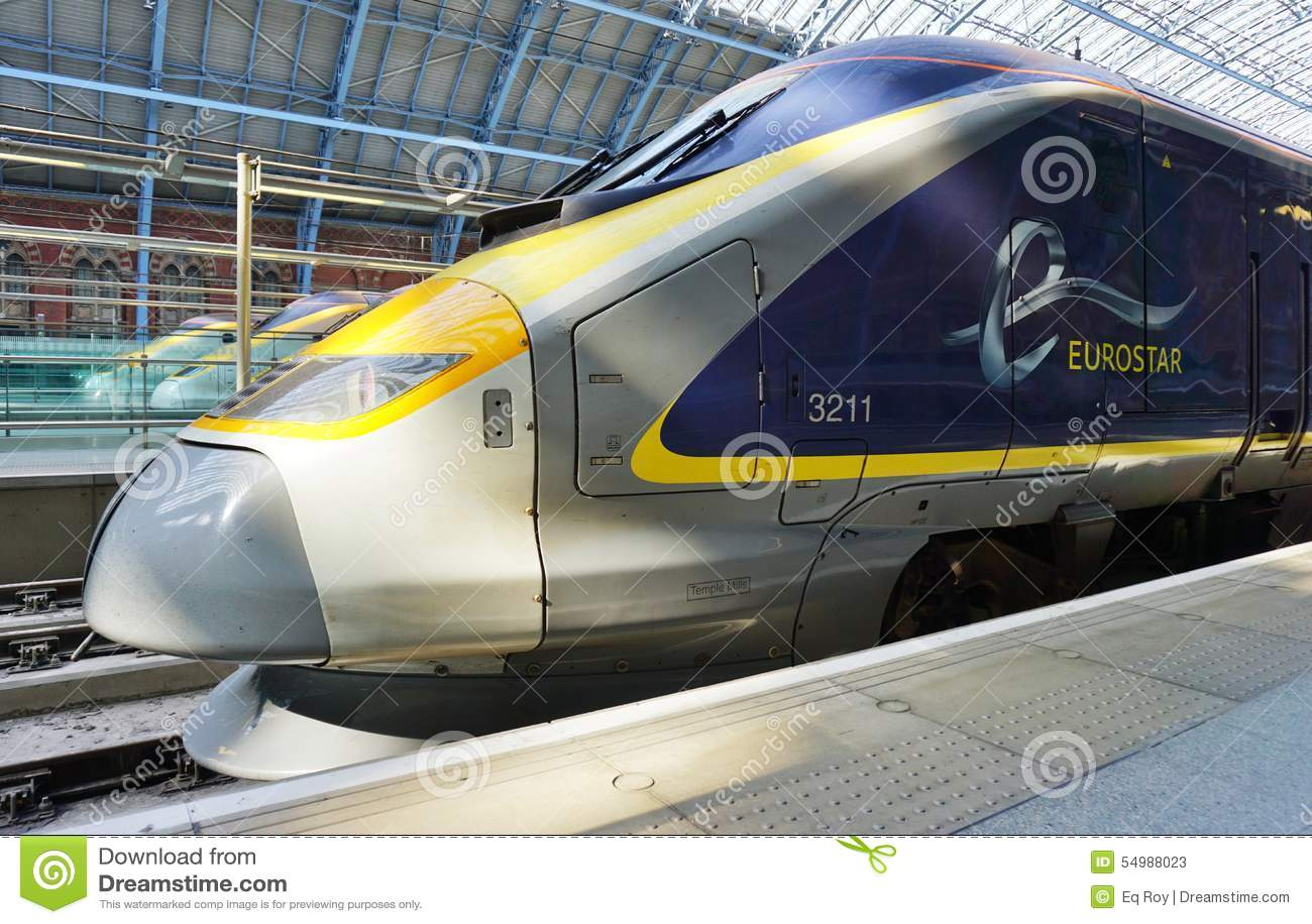 Eurostar тренирует станцию St Pancras в Лондоне