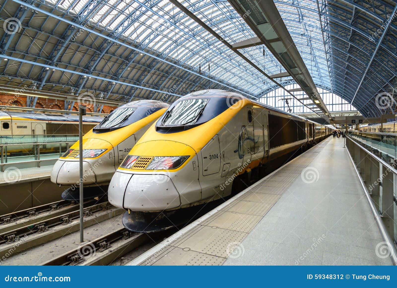 Eurostar prędkości wysoki pociąg w Londyn, UK
