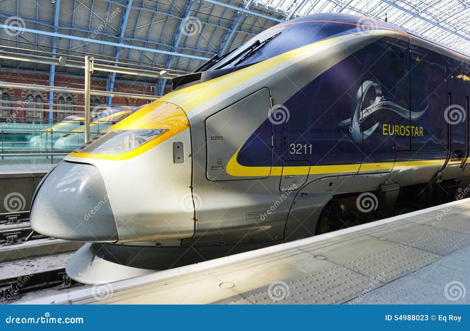 Eurostar trenuje St Pancras stację w Londyn