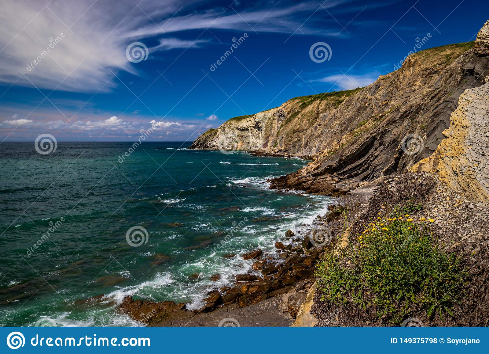 Euskadi de Espa?a del mar de la playa del paisaje