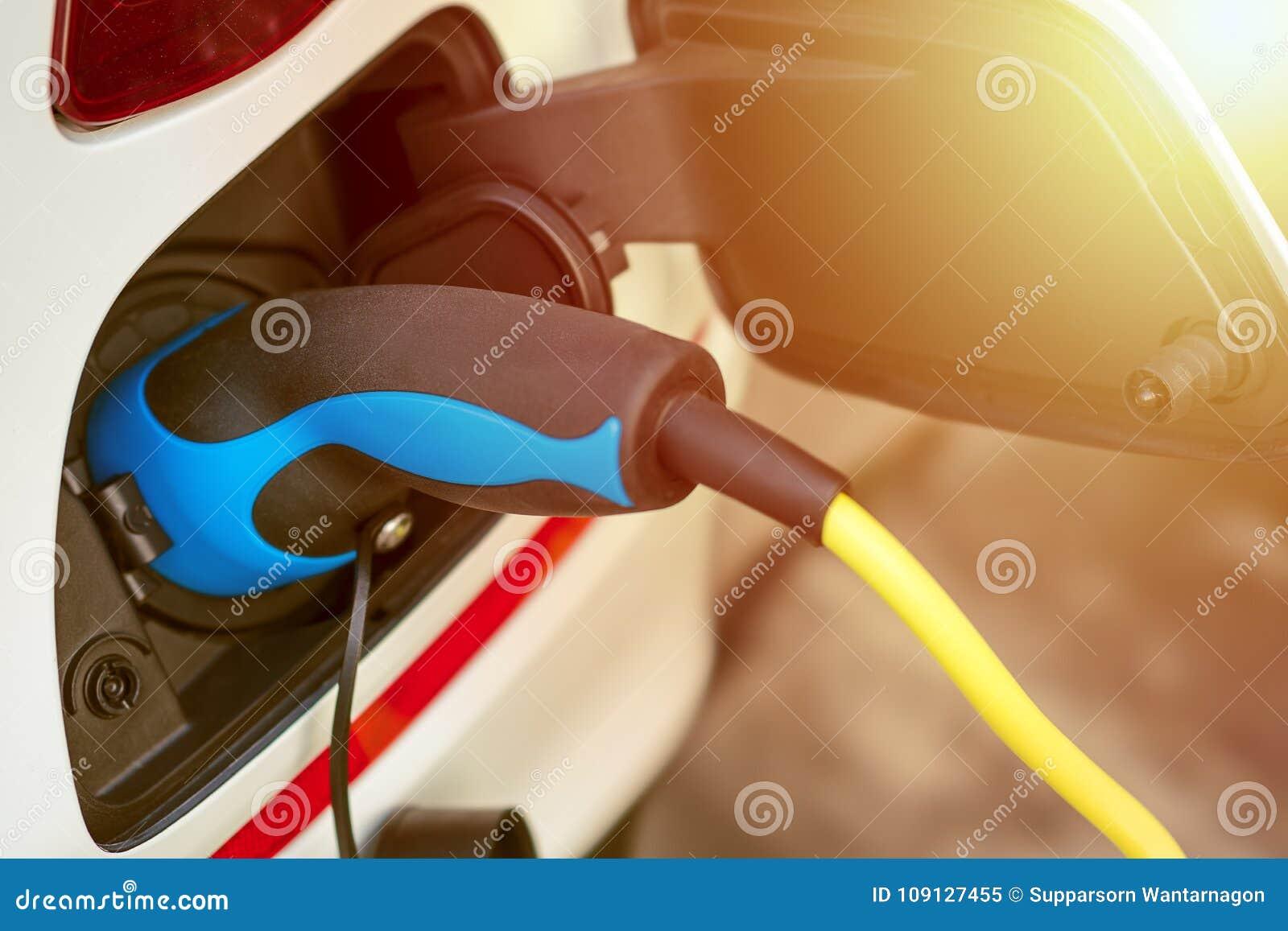 EV eller laddande energi för elektriskt medel från laddande kabel