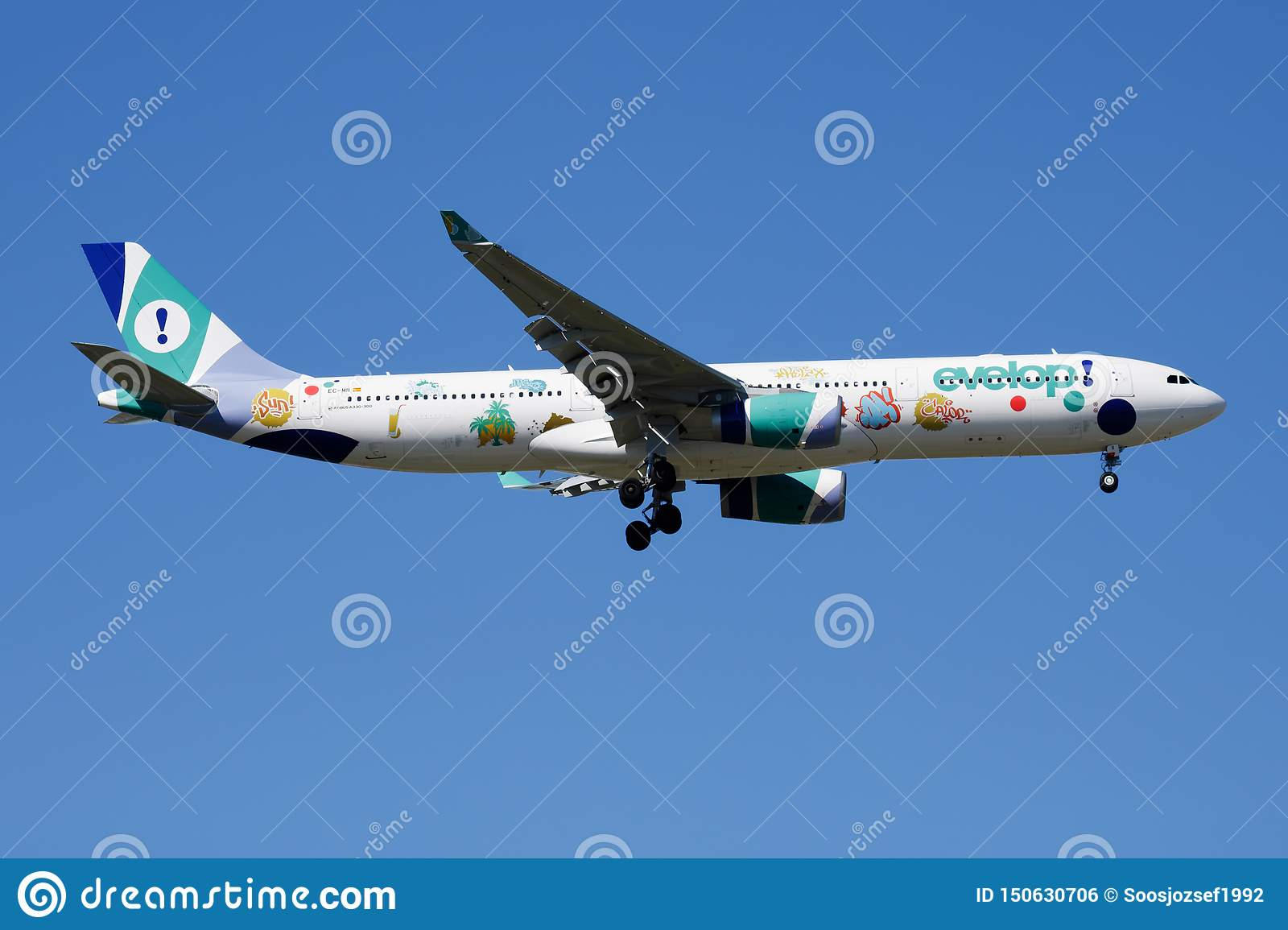 Evelop Airlines Special Livery Airbus A330-300 EC-MII