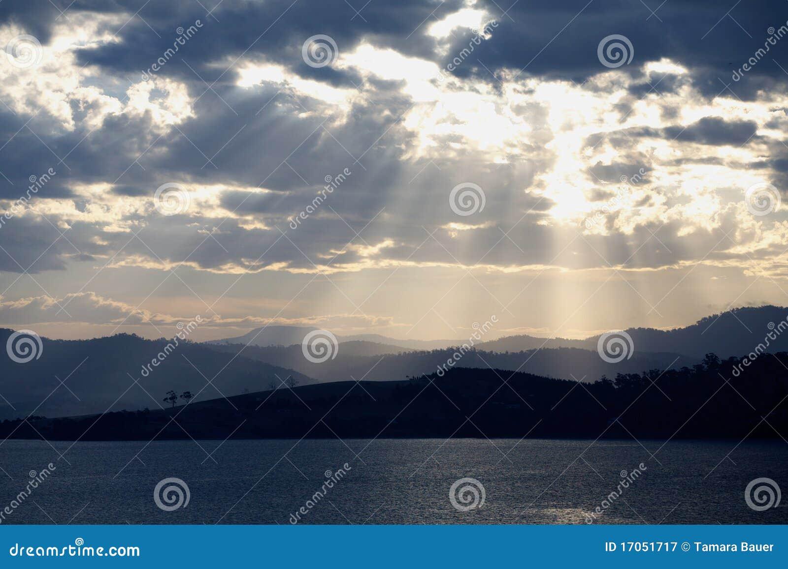 Evening light rays
