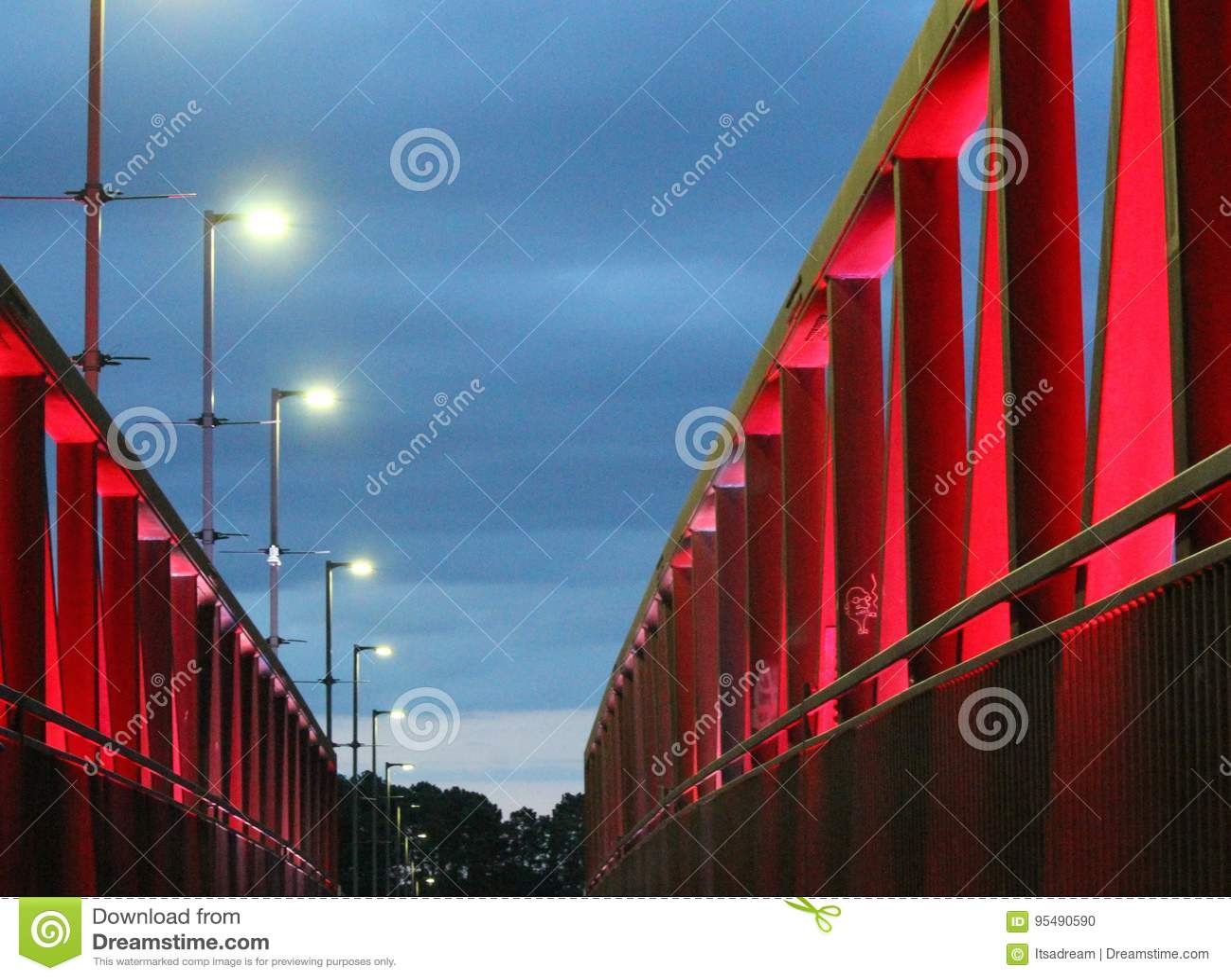 Evening light at two rivers park bridge
