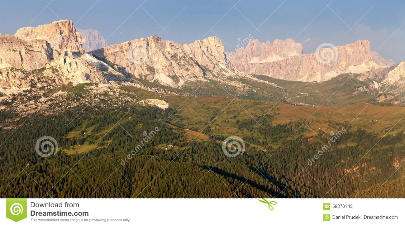 Evening view from mount col di lana to gruppo nuvolau for Best view of dolomites