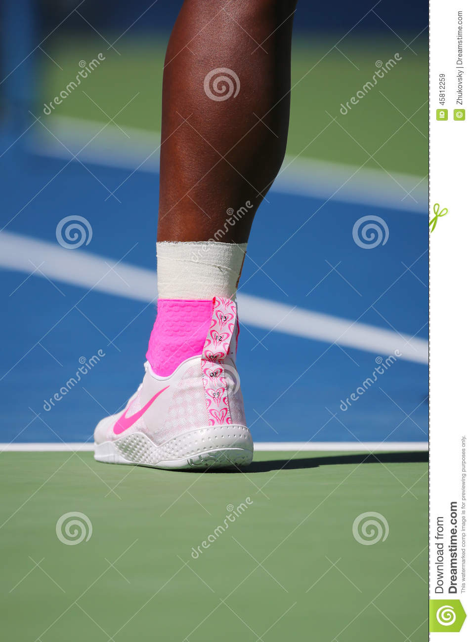 Tennis Shoes Serena Williams Wears