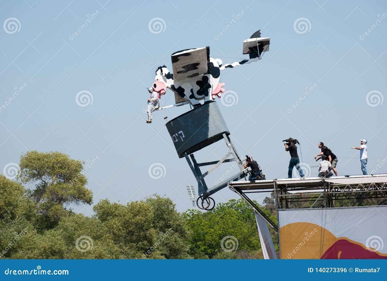 Evento di Red Bull Flugtag al parco di Yarkon
