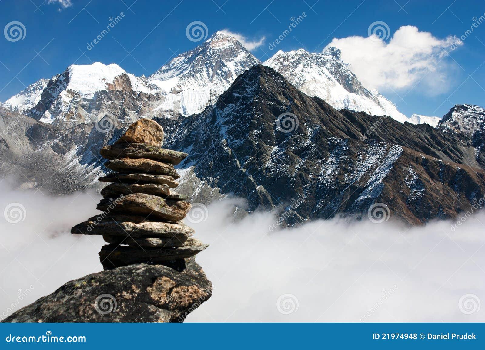 Everest mit Steinmann