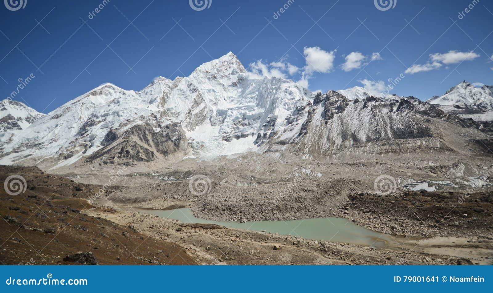 Everest, Nuptse y Lhotse vistos de Kala Pattar