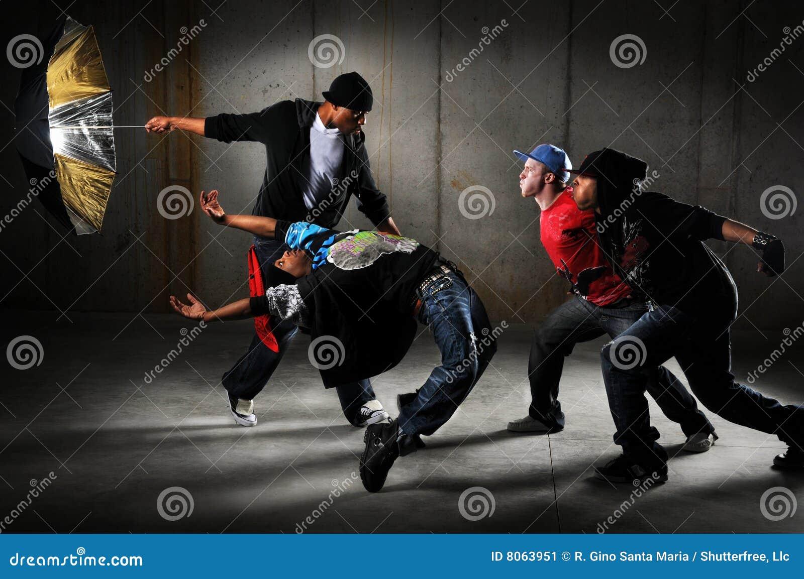 Exécution d hommes de Hip Hop