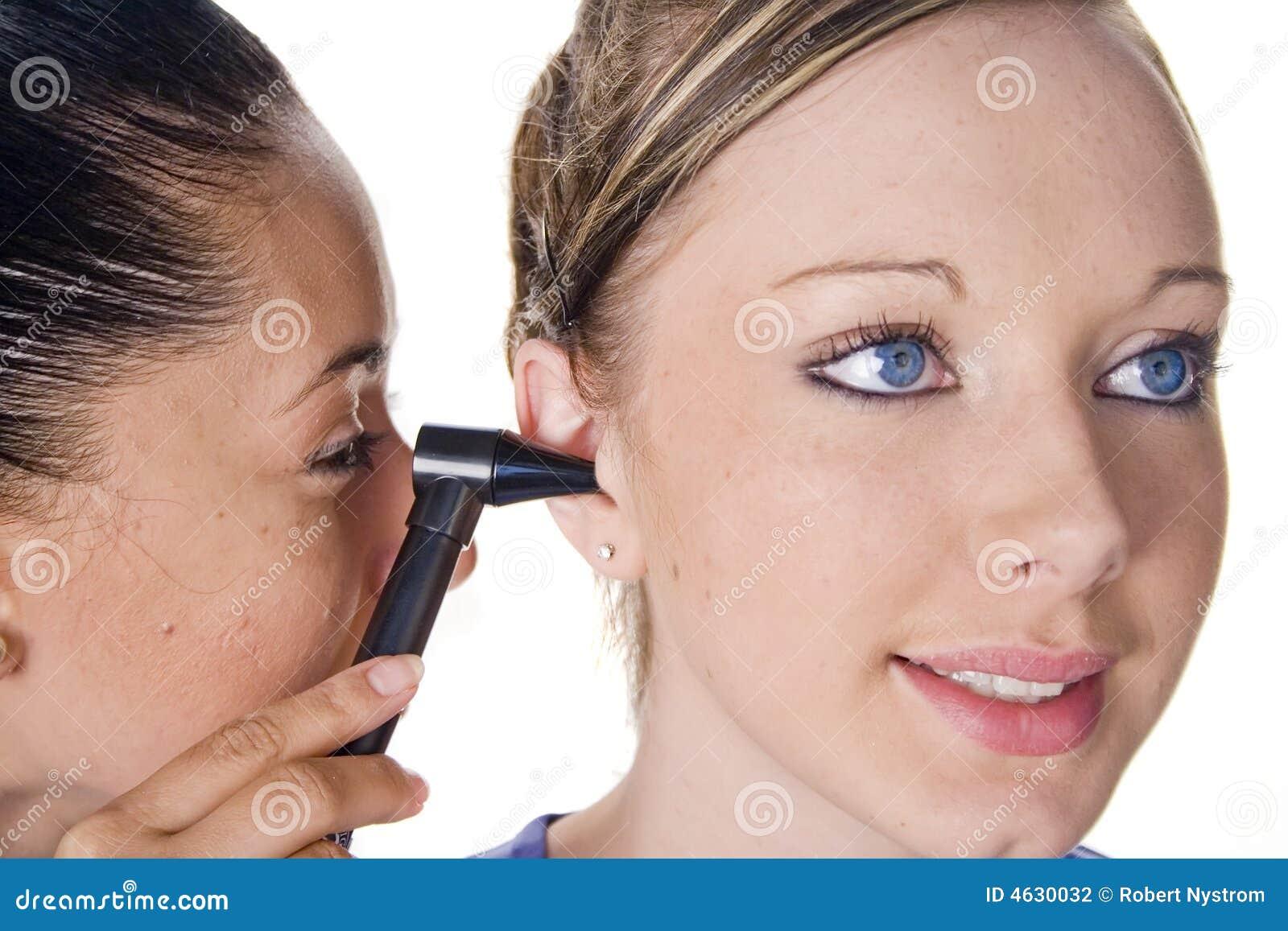 Exame da orelha
