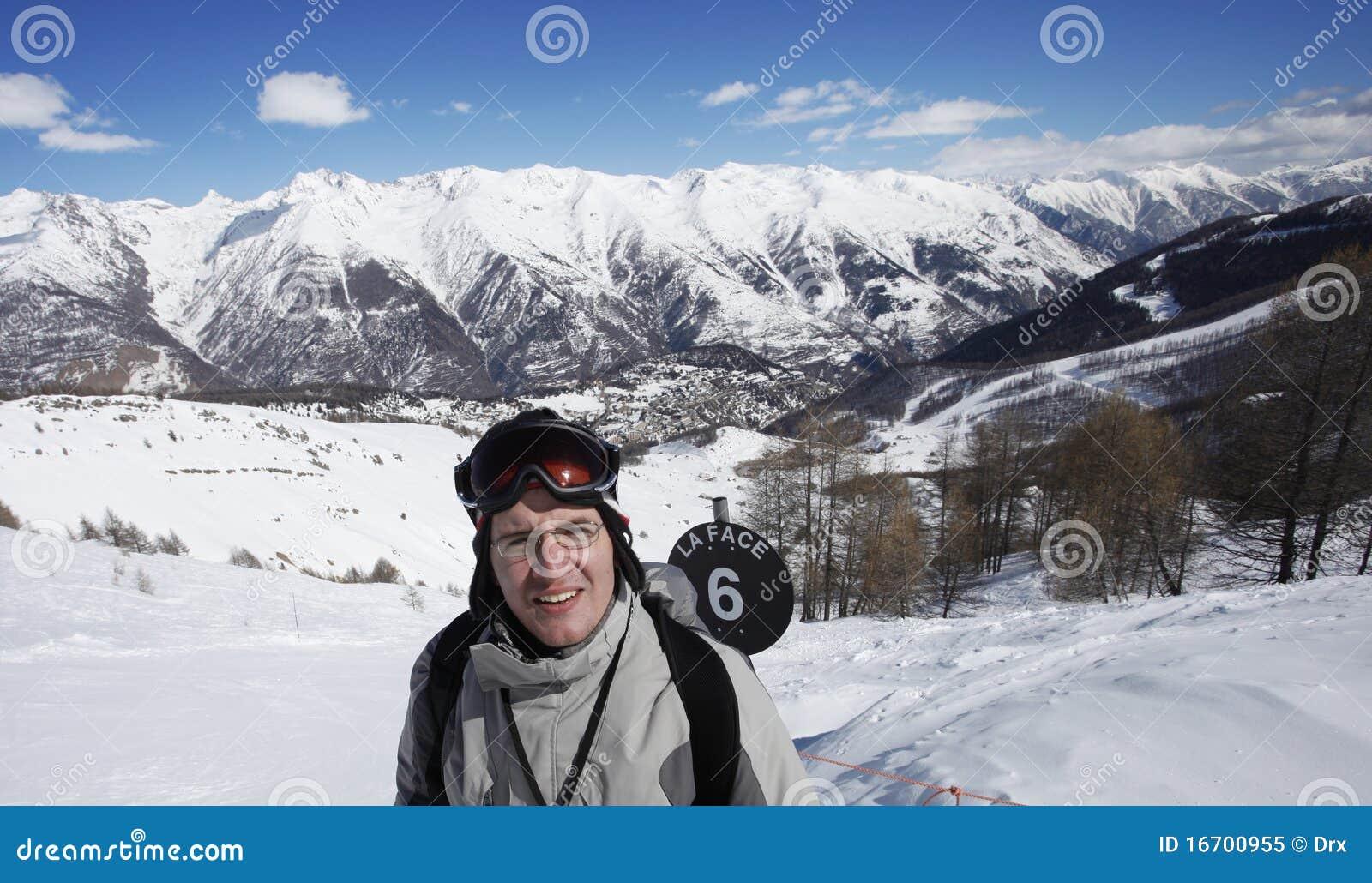 Exausted滑雪者
