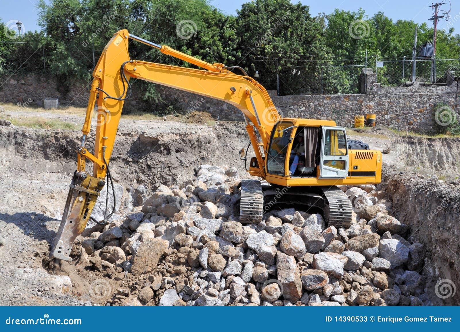Excavatrice de roche