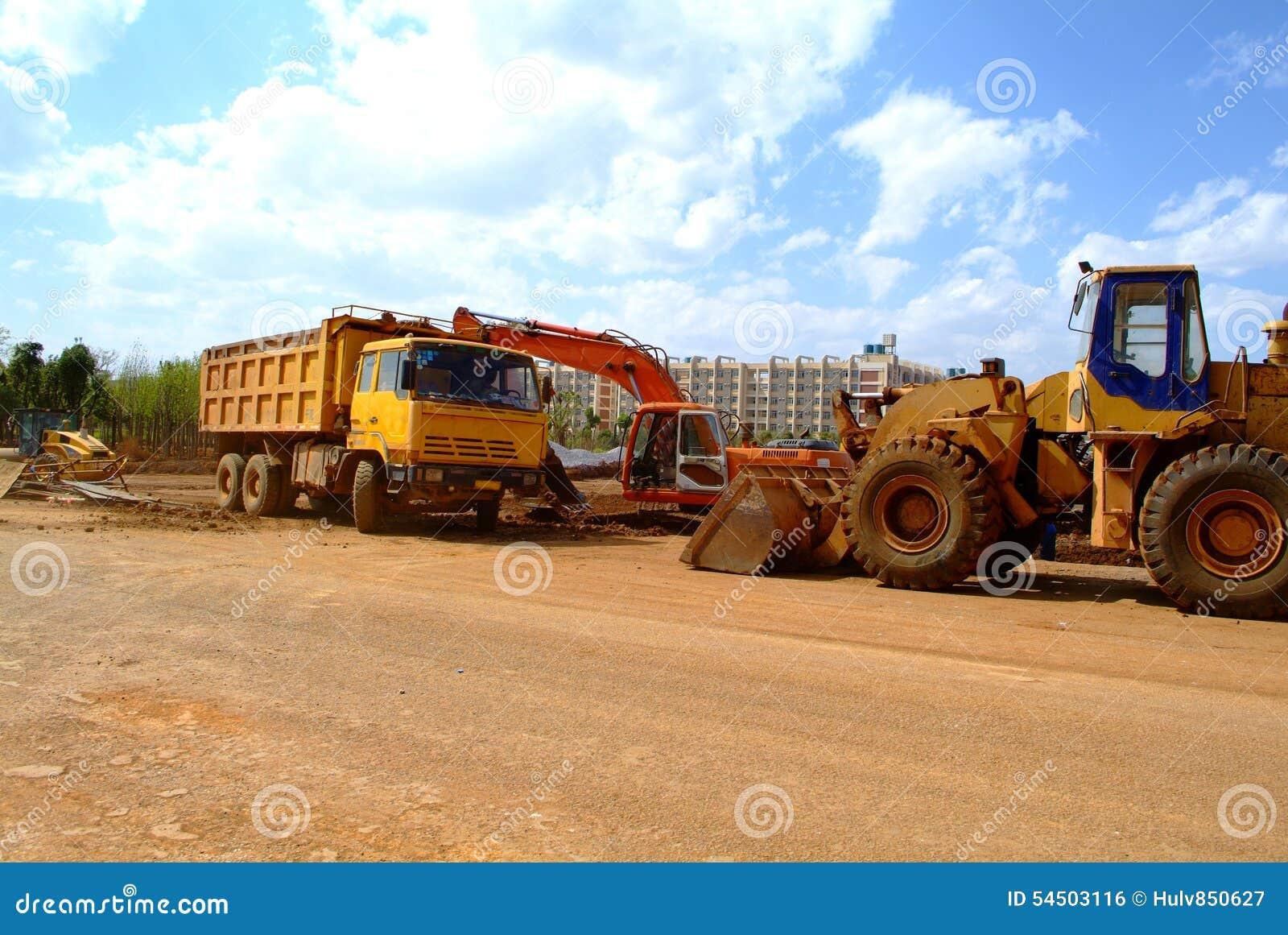 Excavatrice sur un chantier de construction