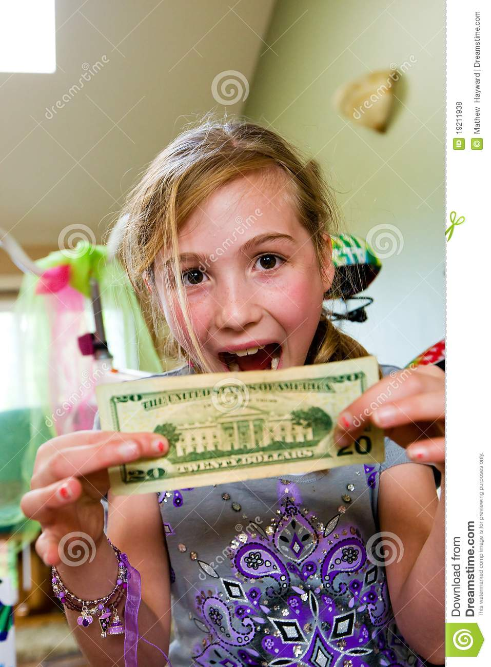 Excited Child With Money Royalty Free Stock Photos - Image ...