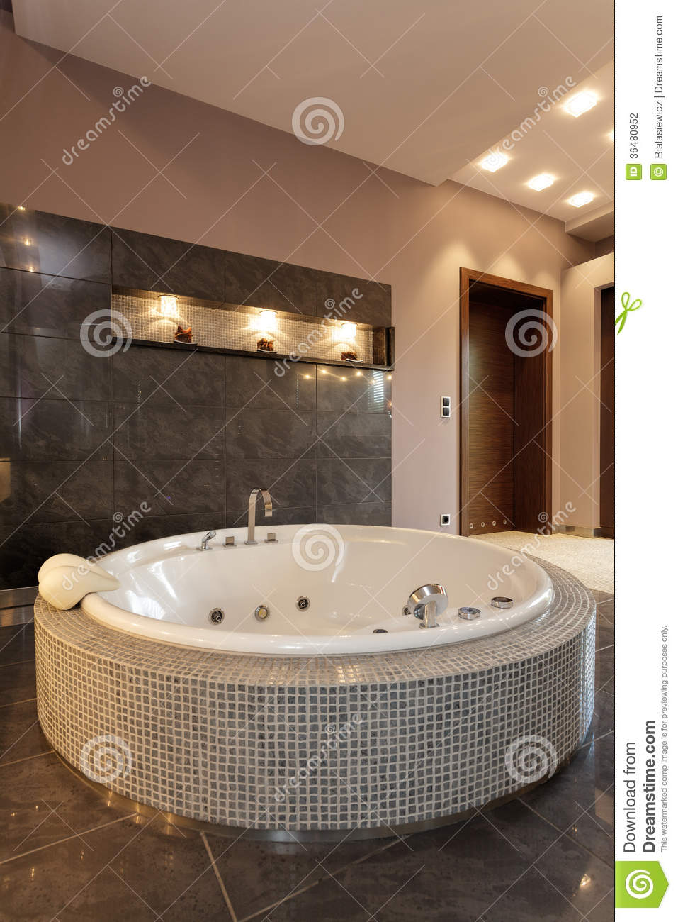 Exclusive Round Bath Stock Photo Image Of Mansion