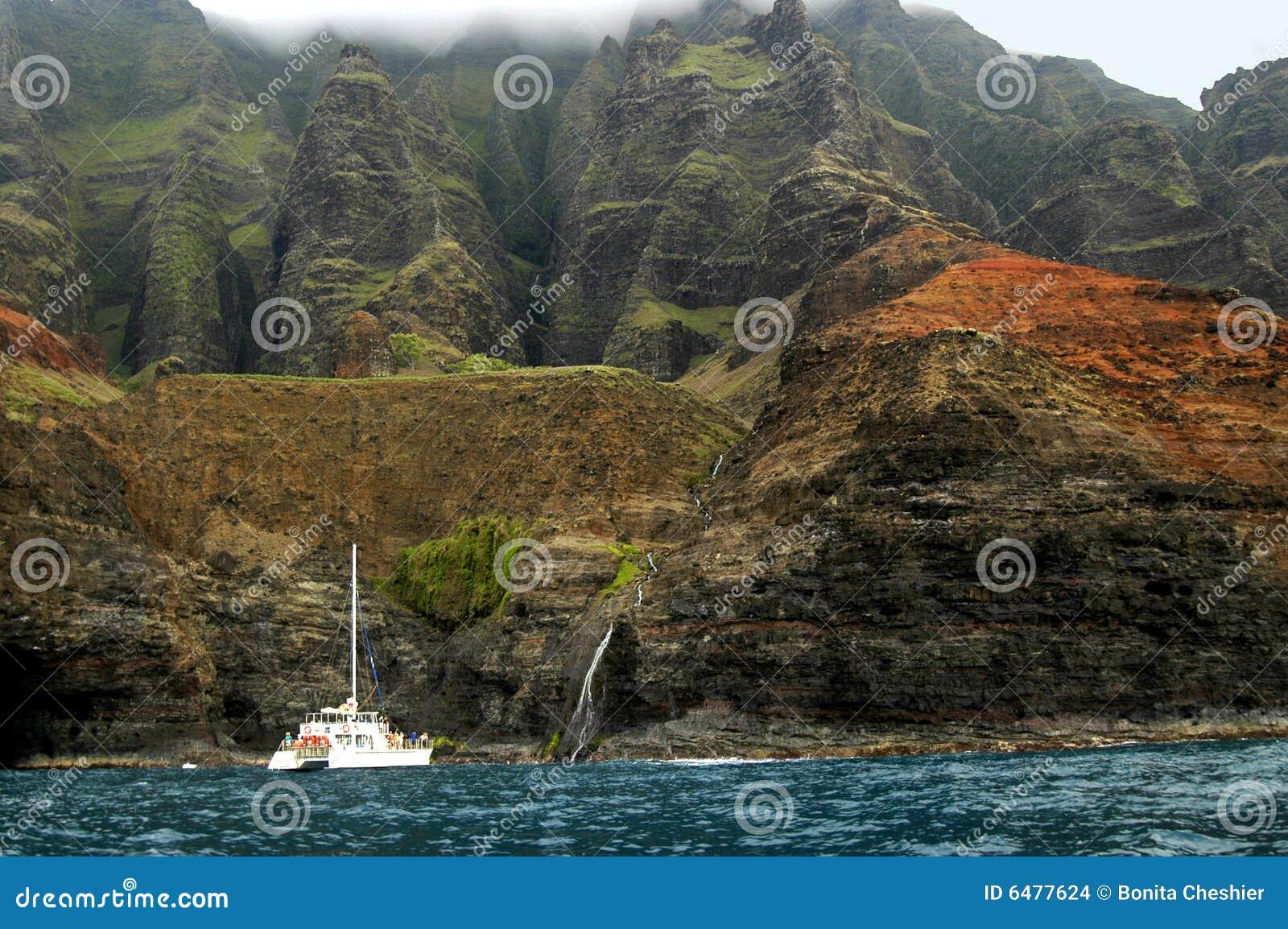 Excursão do barco de Na Pali