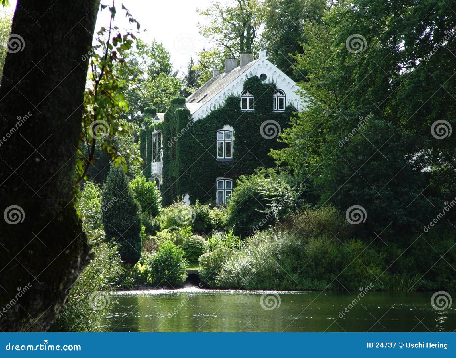 Execrated villa