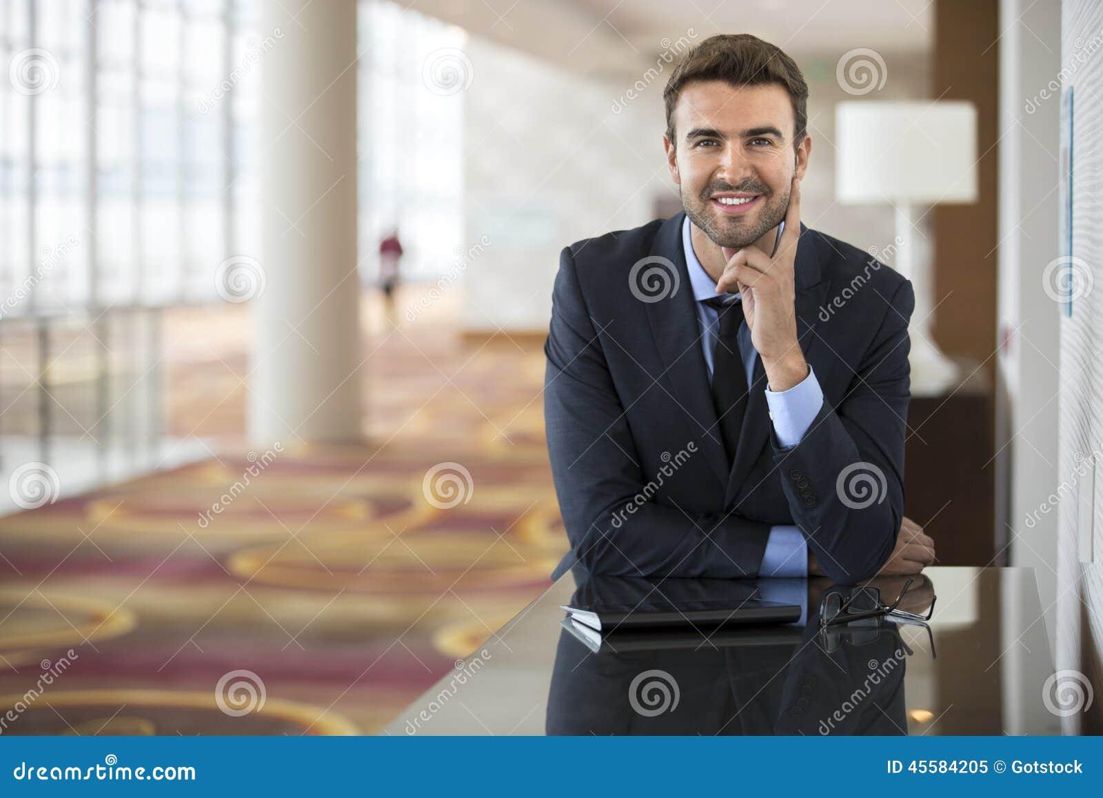 Executivo novo otimista antes de encontrar