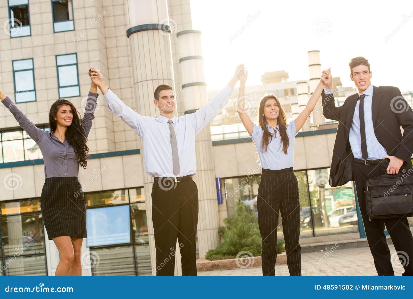 Executivos bem sucedidos novos