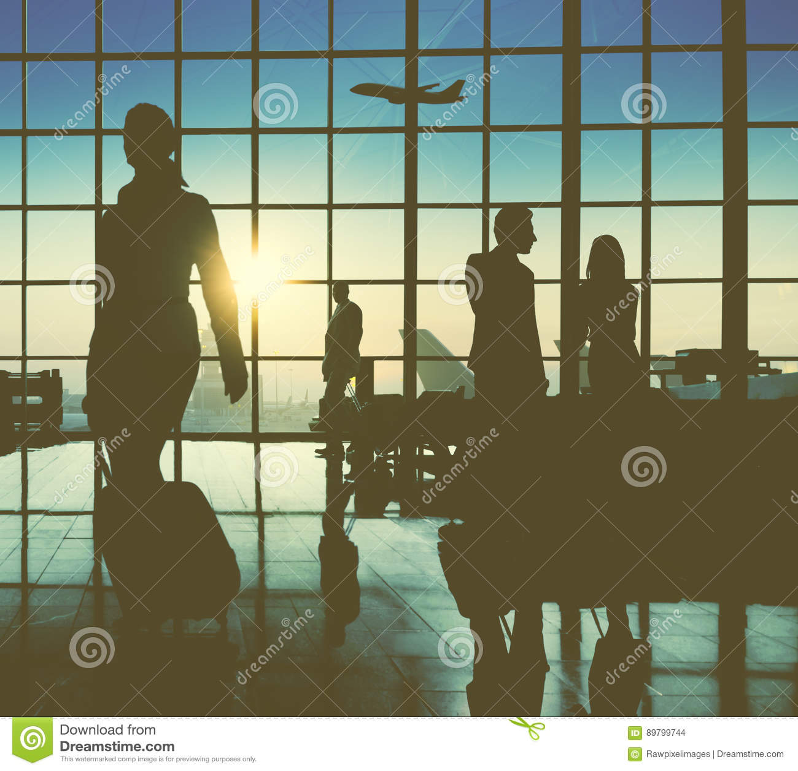 Executivos traseiros do conceito de viagem do passageiro do aeroporto do Lit