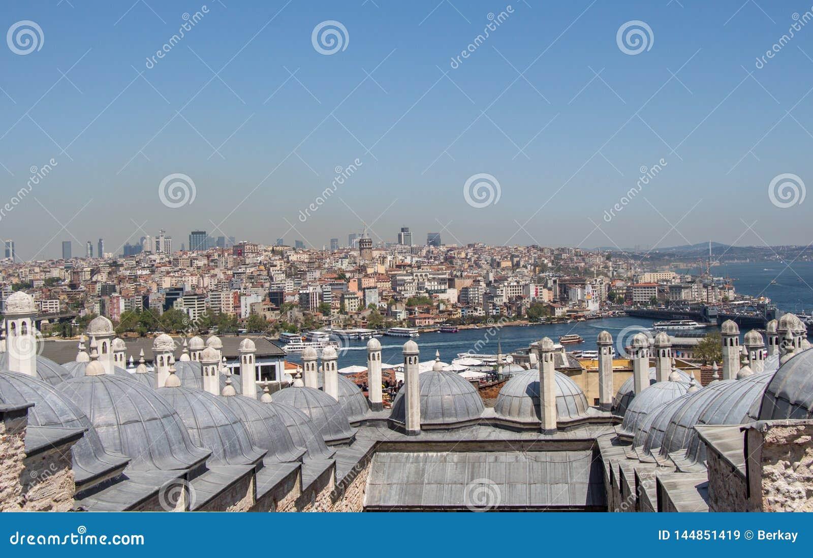 Exemple fin d architecture turque de tour de tabouret