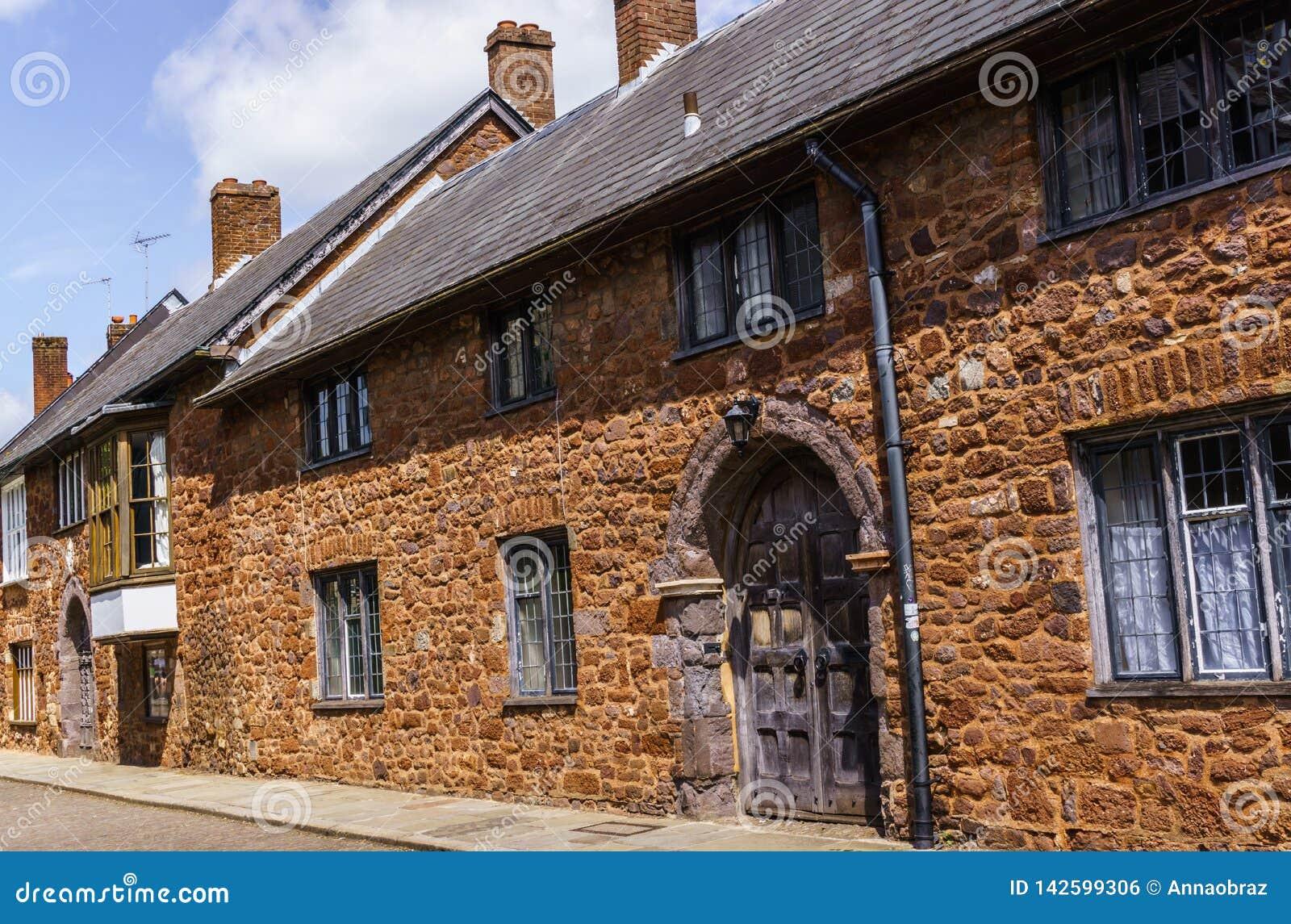Exeter 2 juin 2018 Belles, médiévales maisons autour de la place près de la cathédrale d Exeter Devon, Angleterre occidentale du
