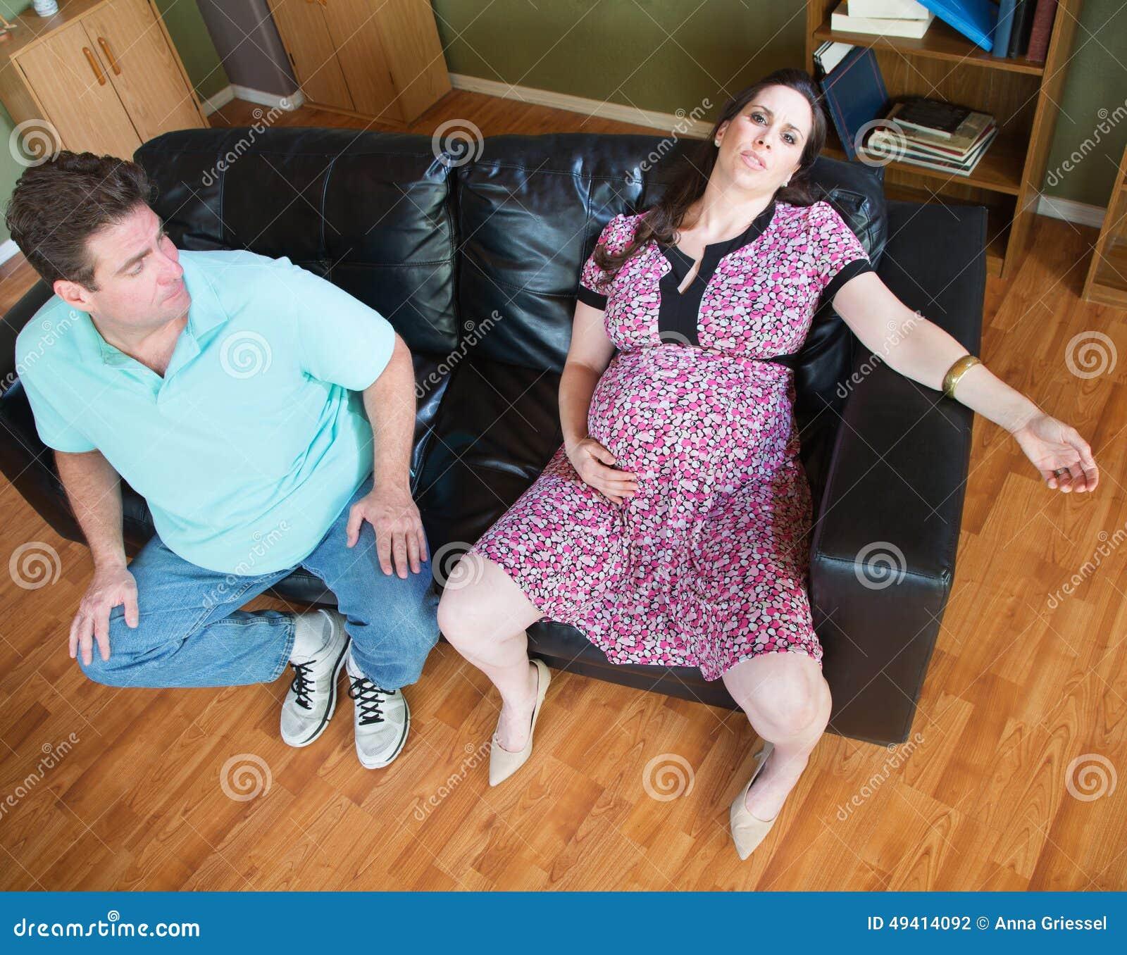 Download Exhaused, Das Frau Und Ehemann Erwartet Stockfoto - Bild von kaukasisch, gebohrt: 49414092
