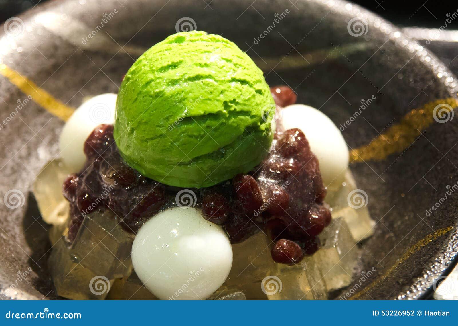 Exhibición plástica japonesa de la comida, postre del helado de Matcha