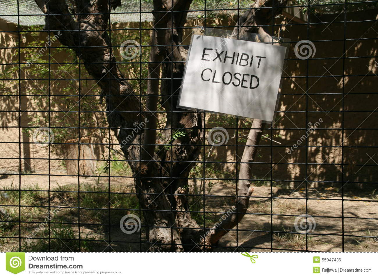 Exhibit Closed Sign Los Angeles Zoo Stock Photo Image Of Access
