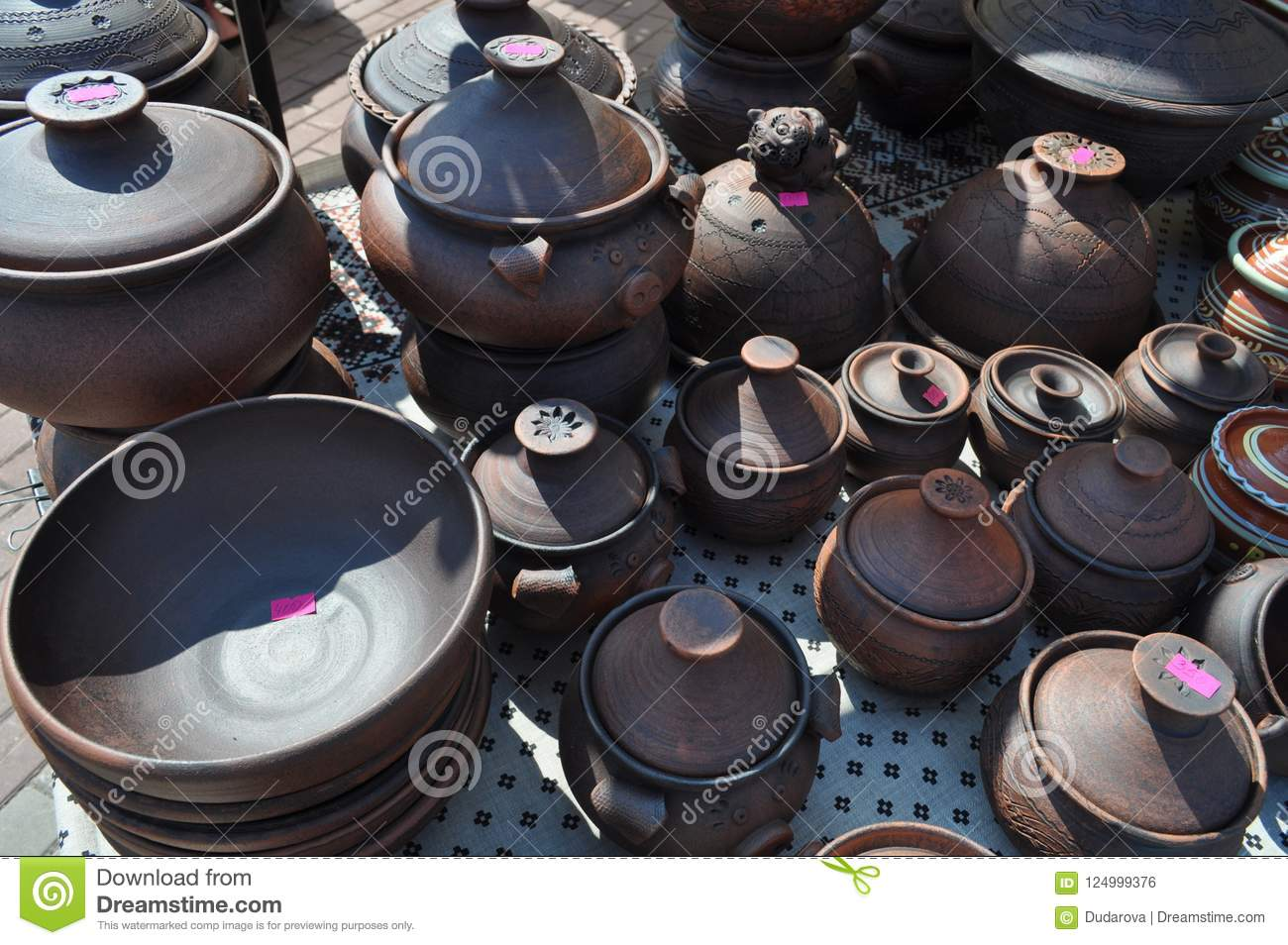 Exhibition of clay pots for sale