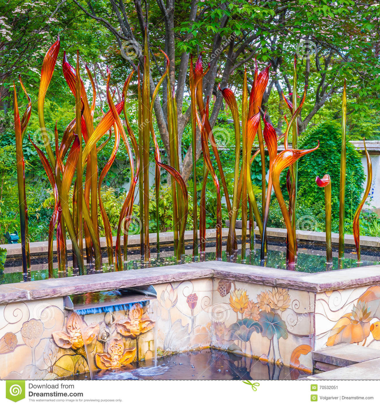 Exhibition Of Glass Artist Chihuly In Atlanta Botanical Garden Editorial Photo Image Of Trees