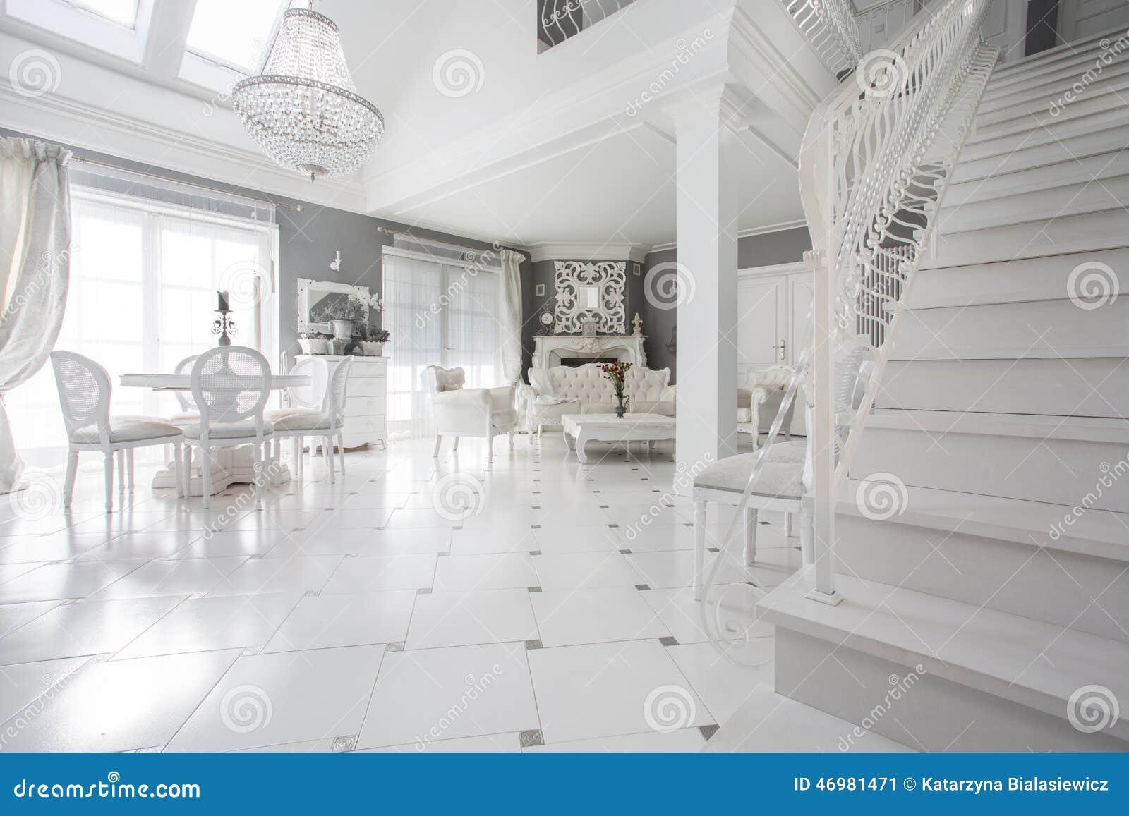 Exklusive Bilder Wohnzimmer ~ Exklusives wohnzimmer stockbild bild von inside groß