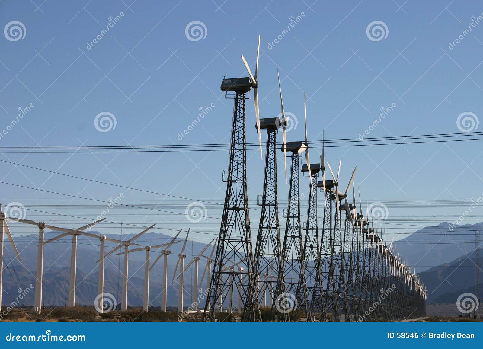 Exploração agrícola da eletricidade do moinho de vento