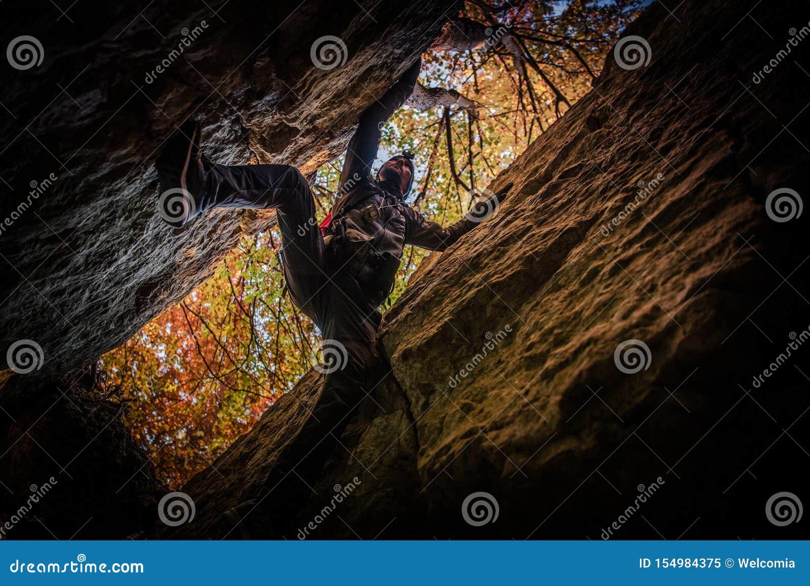 Exploration extrême de caverne