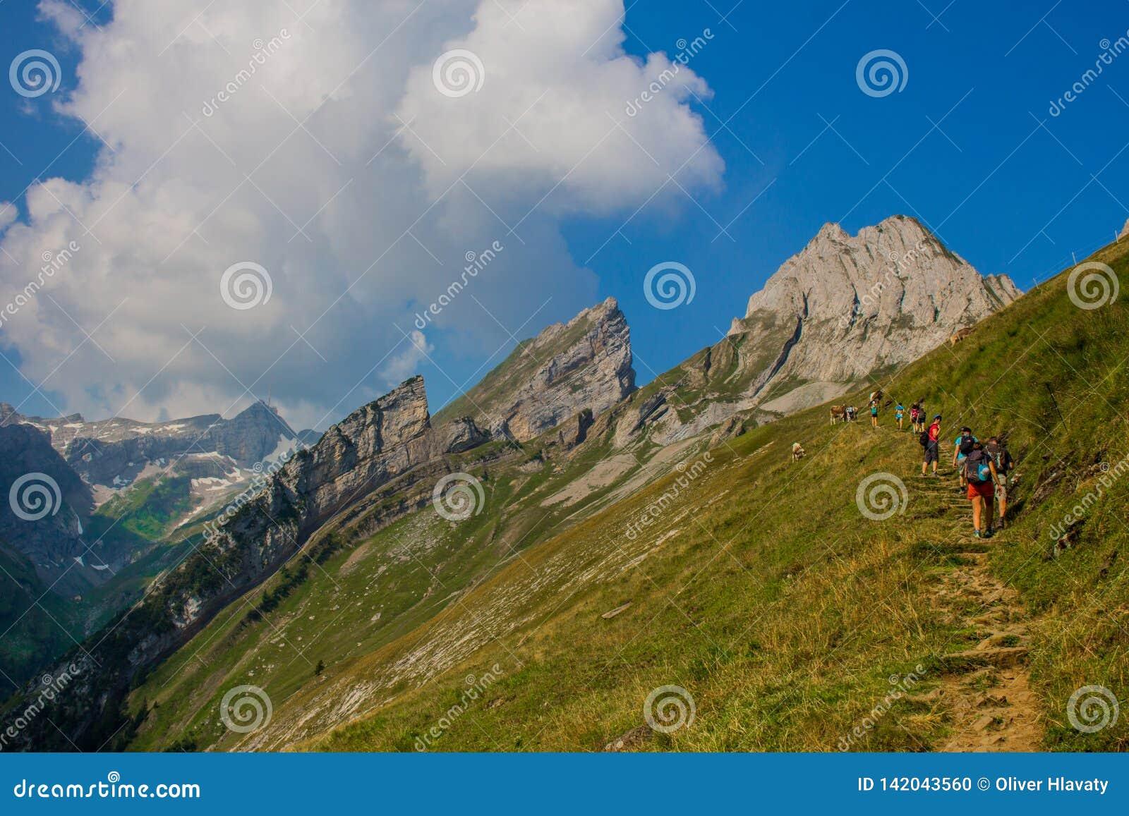Exploratory tour through the beautiful Appenzell mountain region
