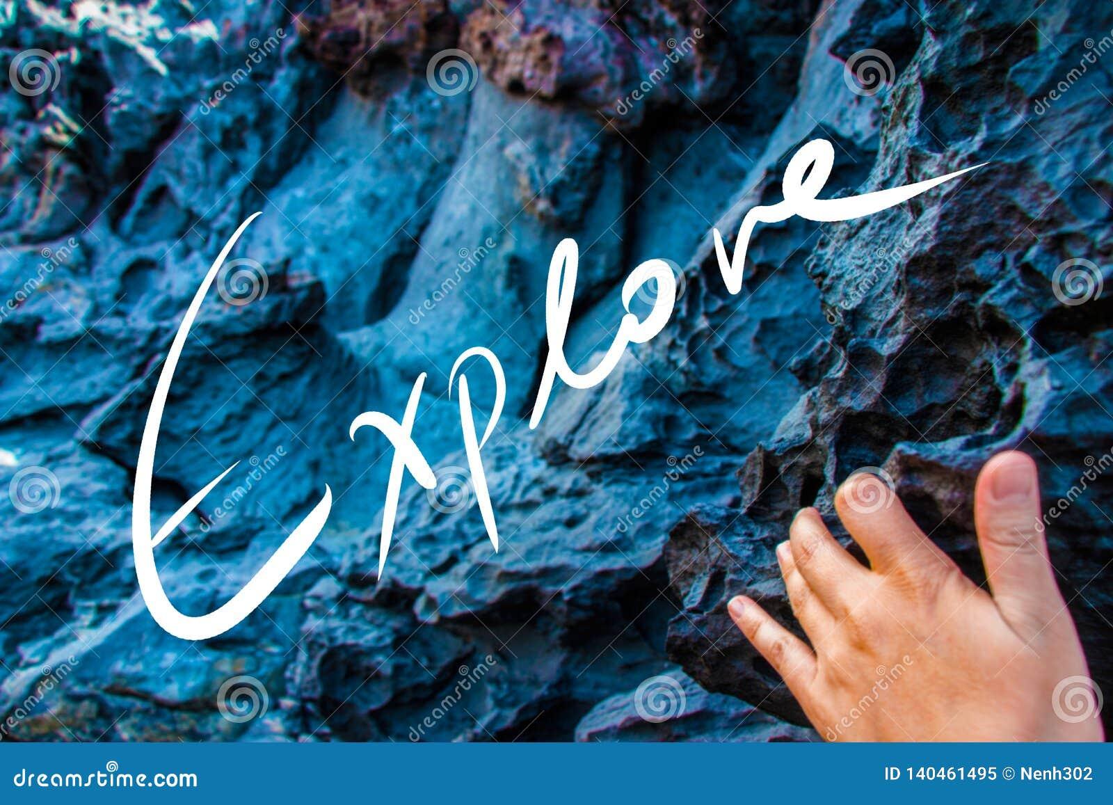 Explore el lema de la escritura en una foto
