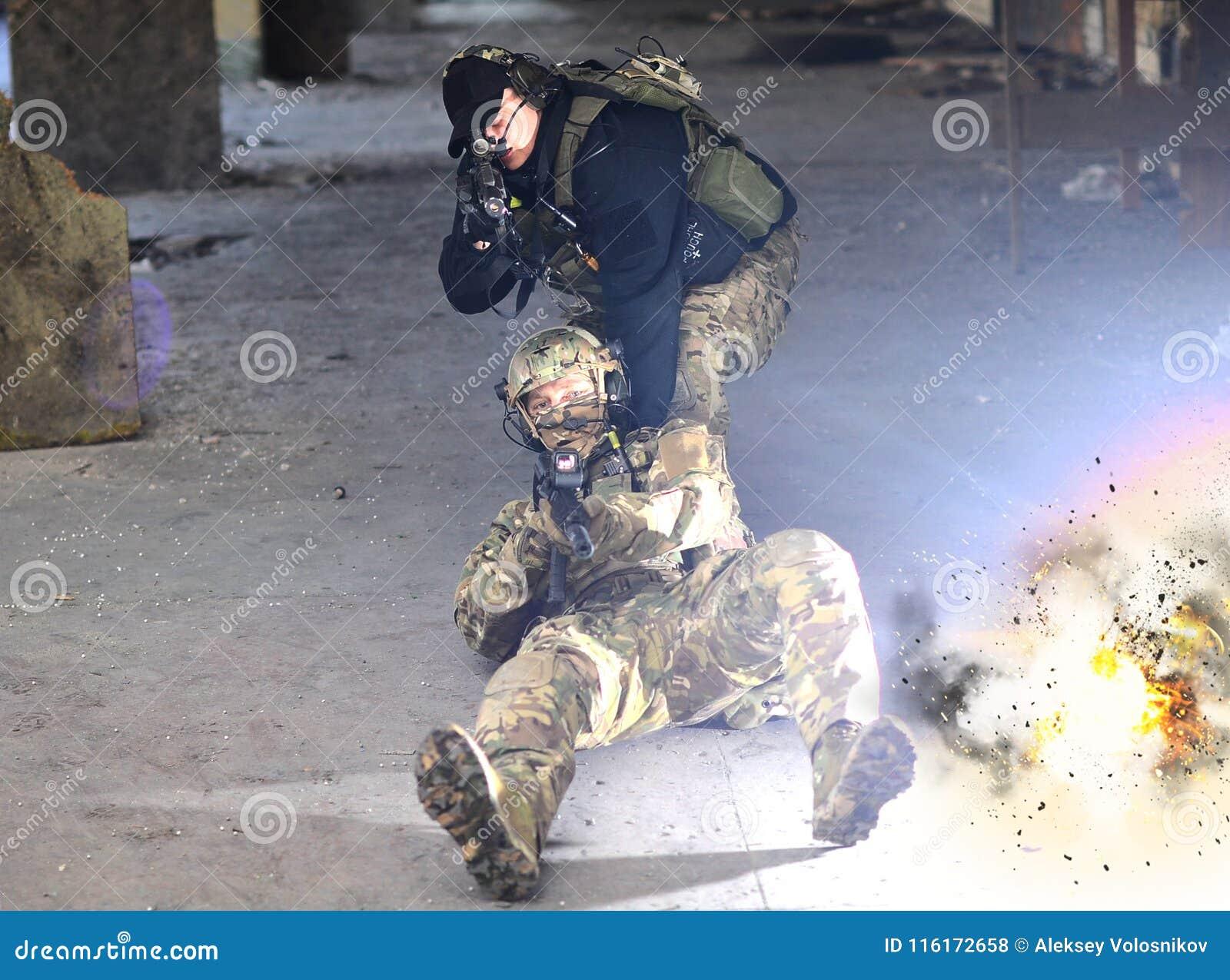 A explosão perto dos soldados